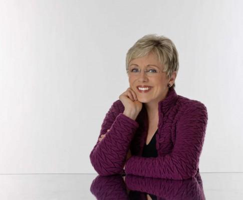 Interviewing Lynn Johnston at VanCAF 2016